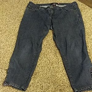 TORRID SIZE 16 JEANS WITH ZIPPER ANKLES